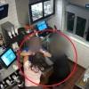 VÍDEO: Mujer irrumpe en un McDonald's y ataca al gerente por falta de kétchup